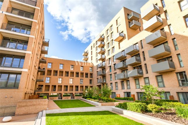 Thumbnail Property for sale in Dunnock House, 21 Moorhen Drive, London