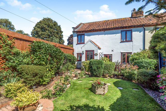 Thumbnail Property for sale in The Street, Billingford, Dereham