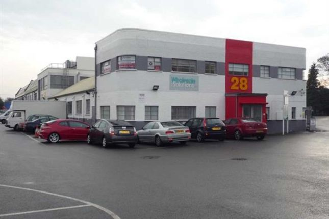 Thumbnail Warehouse to let in Dropmore Park, Heathfield Road, Burnham, Slough