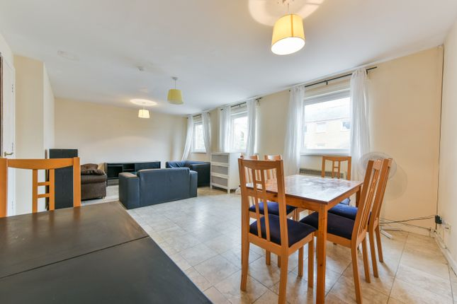 Thumbnail Town house to rent in Cyclops Mews, Docklands, London