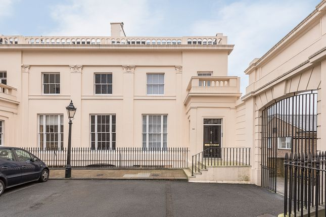 Thumbnail Property to rent in Cumberland Terrace, London