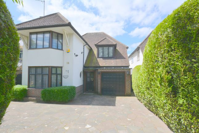 Thumbnail Detached house to rent in Wykeham Road, Hendon, London