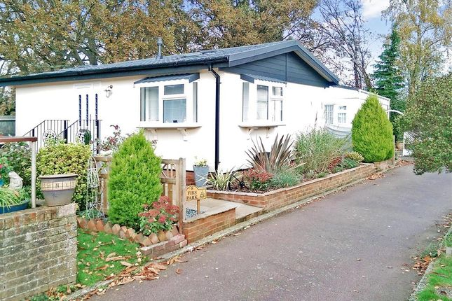Thumbnail Mobile Park Home For Sale In Durford Road Petersfield Hampshire