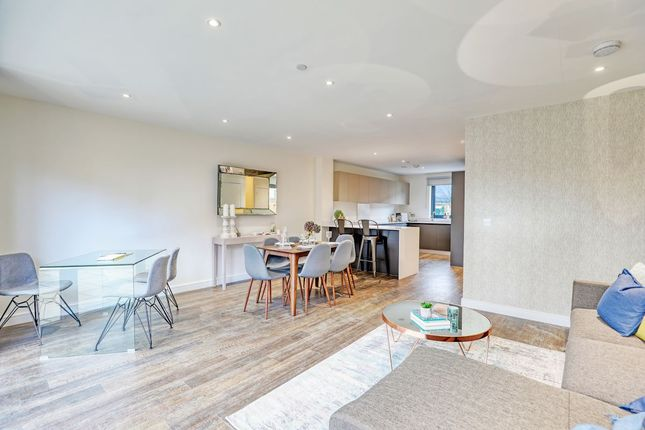 Flat for sale in Grafton Quarter, Croydon