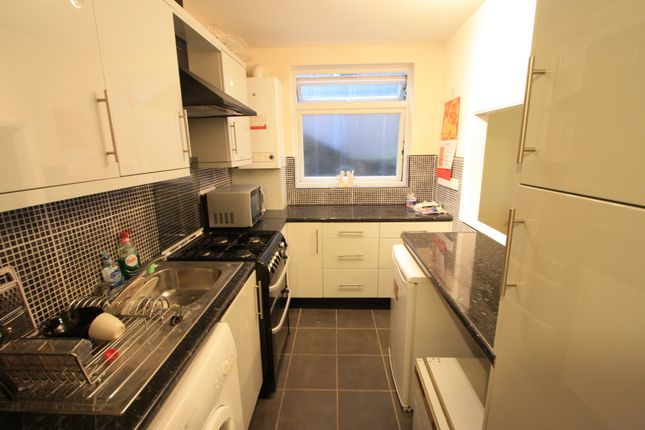 1 bed flat to rent in Stanley Road, Wimbledon SW19