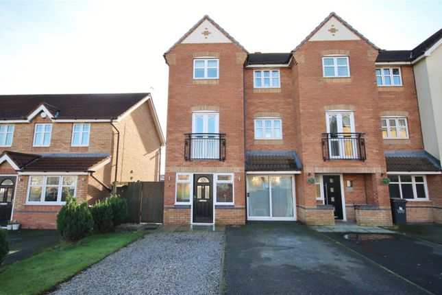 3 bed town house for sale in Hampton Court Way, Widnes