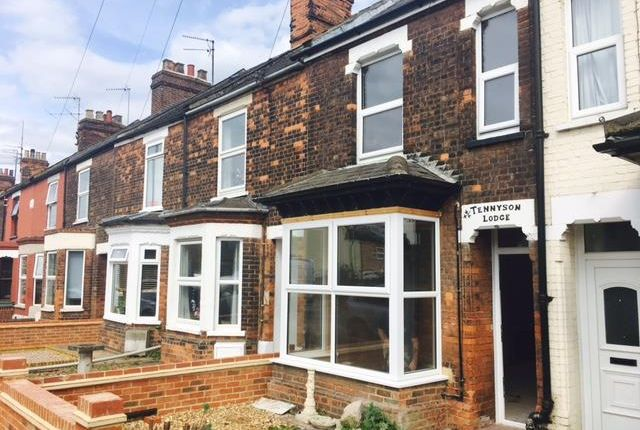 Thumbnail Terraced house to rent in Tennyson Avenue, King's Lynn