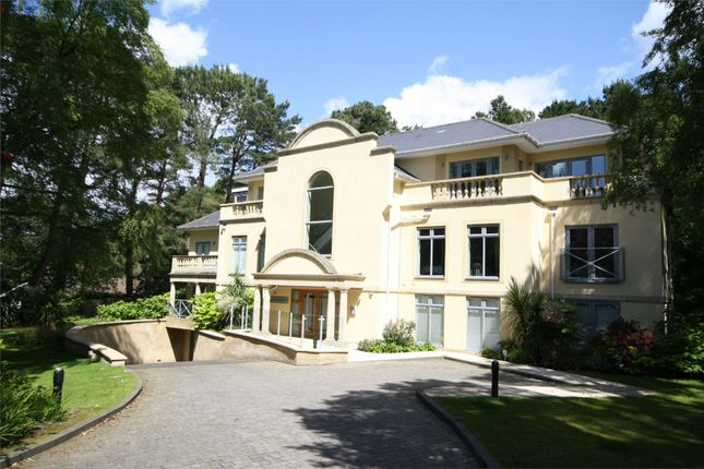 3 bed flat for sale in Lilliput Road, Canford Cliffs, Poole