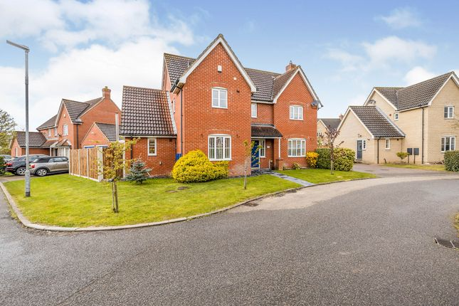 5 bed detached house for sale in Wymondham, Norwich, Norfolk NR18