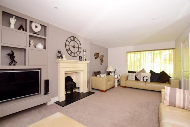 5 bed detached house for sale in Birch Crescent, Aylesford, Kent