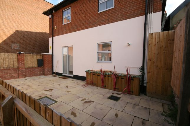 Thumbnail Flat to rent in High Street, Newmarket, Suffolk