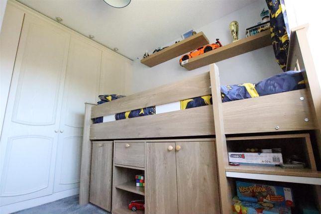 Bedroom 3 of Kensington Way, Leeds LS10