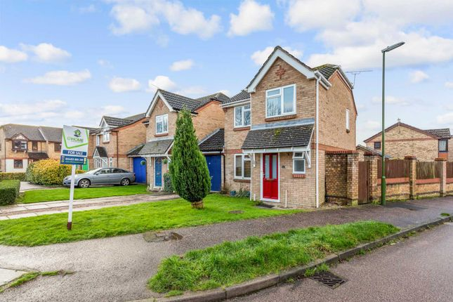 Thumbnail Link-detached house for sale in Swan Close, Southwater, Horsham