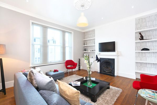 Thumbnail Duplex to rent in Sutherland Street, Pimlico