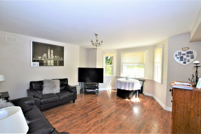 Thumbnail Flat for sale in Southend Crescent, London