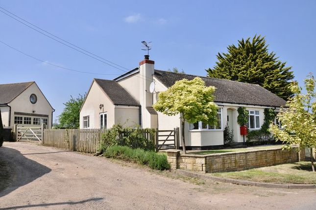 Thumbnail Detached house for sale in Boat Lane, Offenham, Evesham