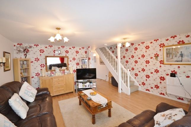 3 bed property for sale in Barming Close, Eastbourne