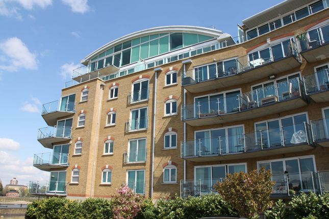Thumbnail Flat to rent in Pacific Wharf, Rotherhithe Street SE16, London Se16