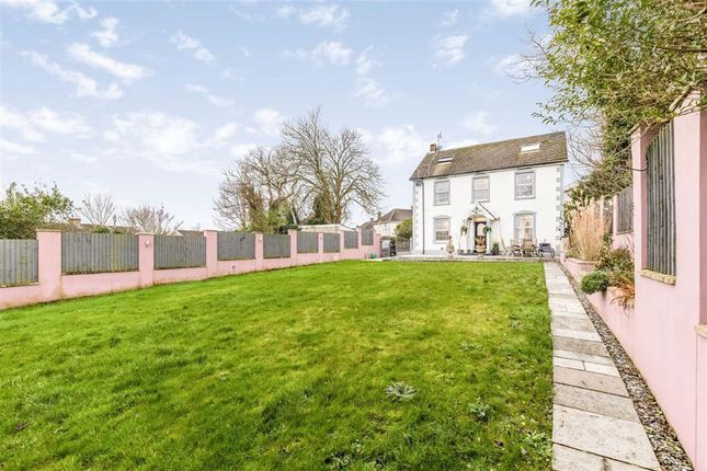 Thumbnail Detached house for sale in Brynamlwg, Llanelli