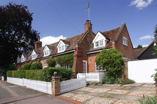 Thumbnail Property for sale in High Street, Codicote, Hertfordshire