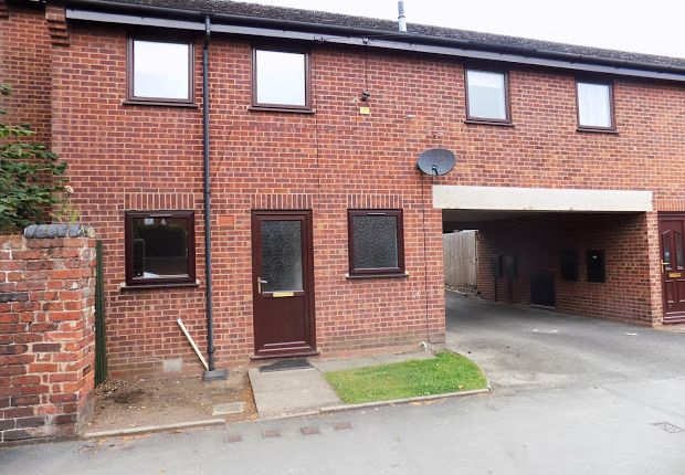 Thumbnail Flat to rent in Lorne Street, Kidderminster