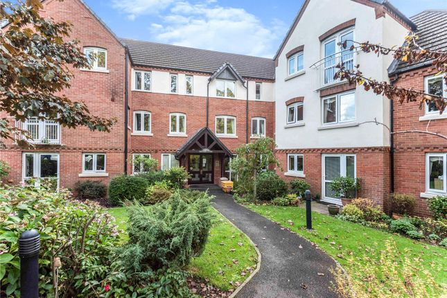 2 bed flat for sale in Lugtrout Lane, Solihull B91