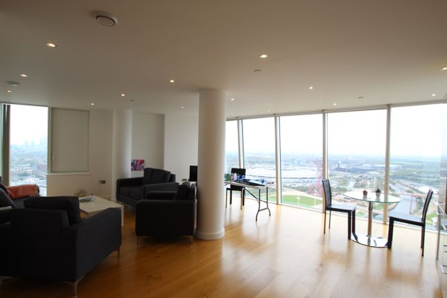 Thumbnail Flat to rent in Halo Tower, 158 High Street, Stratford