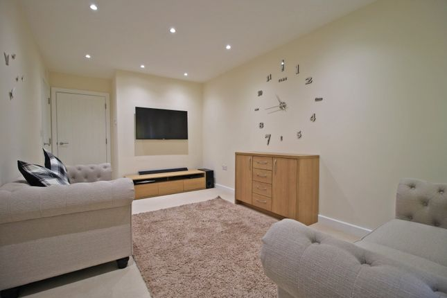 Thumbnail End Terrace House To Rent In St Leonards Mews Bedford