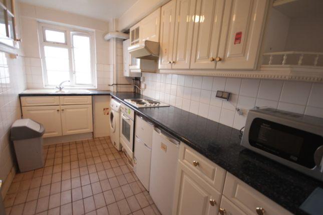 Thumbnail Flat to rent in Ashford Road, Cricklewood, London