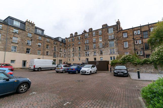 Thumbnail Flat to rent in Hermand Crescent, Slateford, Edinburgh