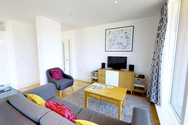 Thumbnail Flat to rent in Brooklands Ave, Cambridge