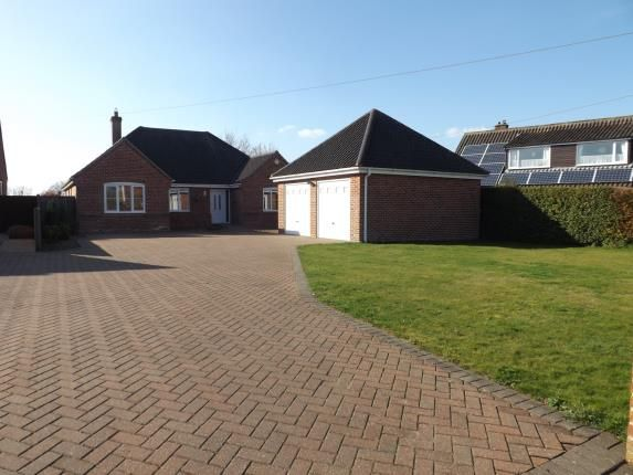 Thumbnail Bungalow for sale in Wymondham, Norfolk