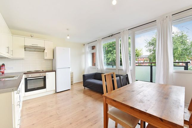 Thumbnail Maisonette to rent in Forsyth Gardens, London, Kennington