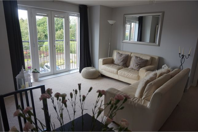 Thumbnail Flat for sale in Waggon Road, Leeds
