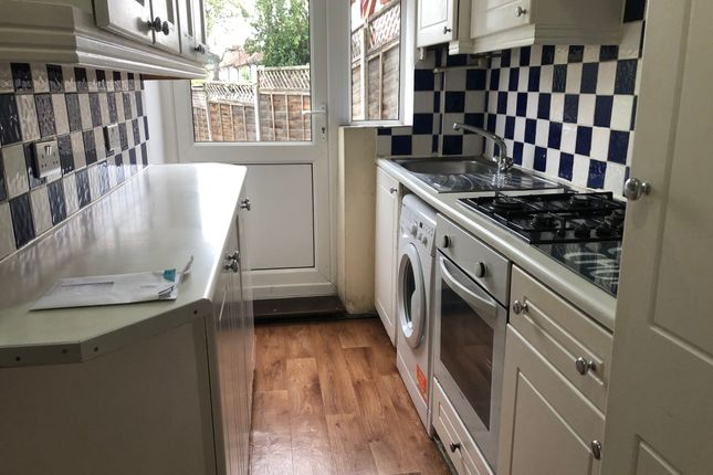 Thumbnail Terraced house to rent in Boston Road, Edgware