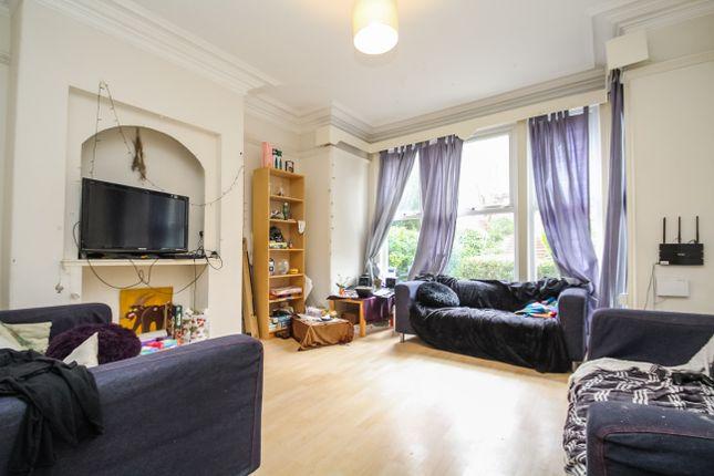 Thumbnail Semi-detached house to rent in Wood Lane, Headingley, Leeds