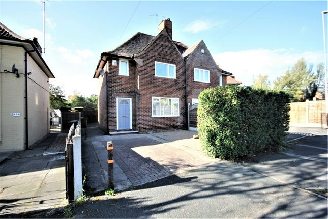 Thumbnail Semi-detached house to rent in Oakwood Lane, Leeds, West Yorkshire