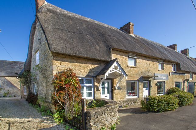 Thumbnail Cottage to rent in Main Road, Long Hanborough, Witney