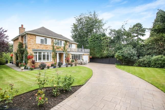 Thumbnail Detached house for sale in Silverdale Drive, Wilmslow, Cheshire, .