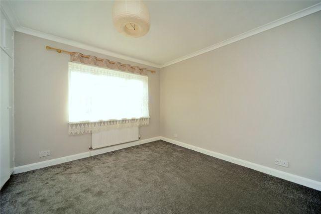 Picture No. 05 of Stroudes Close, Worcester Park KT4