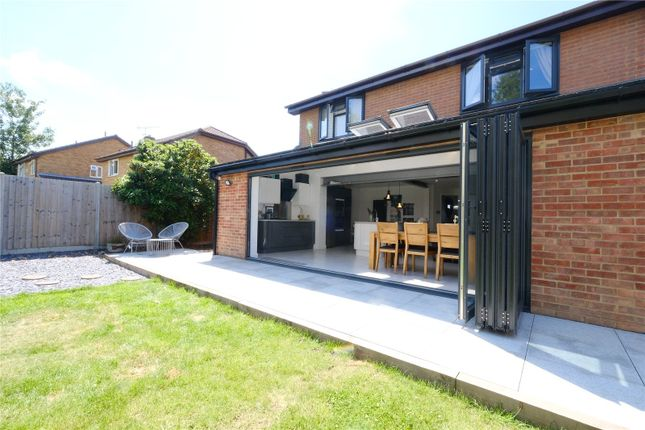Picture No. 55 of Eagles Road, Greenhithe, Kent DA9