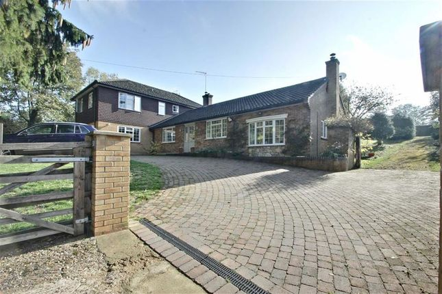 Thumbnail Detached house for sale in Harthall Lane, Kings Langley