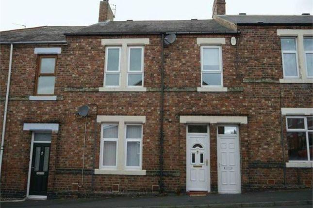 2 bed flat to rent in Warkworth Street, Lemington, Newcastle Upon Tyne NE15