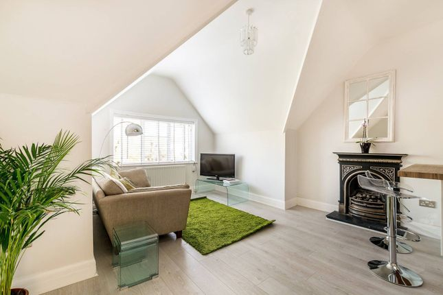 2 bed flat for sale in Richmond Road, North Kingston, Kingston Upon Thames KT2