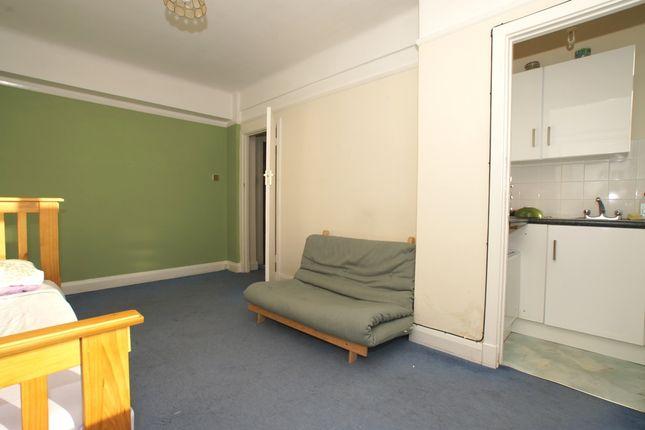 Studio Room-04 of Balham High Road, Balham SW17