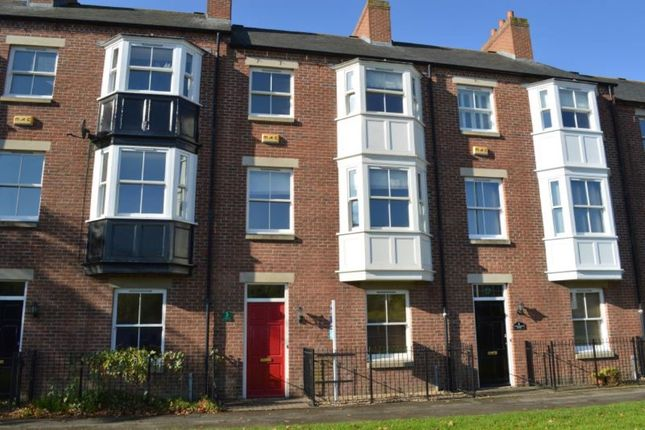 Property for sale in Cross Valley Court, Durham