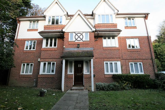 1 bed flat to rent in Ryde Drive, Stanford Le Hope SS17