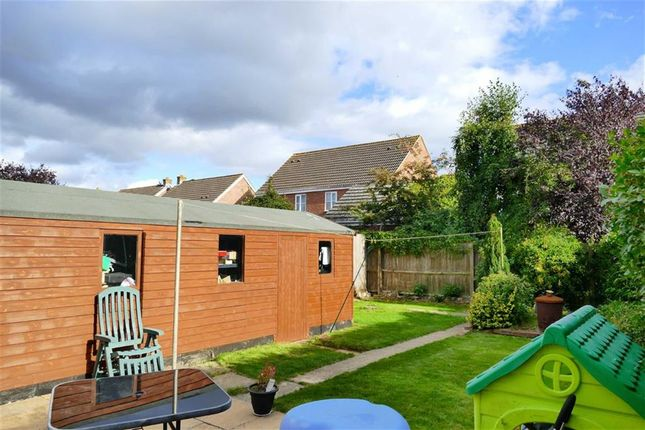 Thumbnail Semi-detached house for sale in Braemor Road, Calne