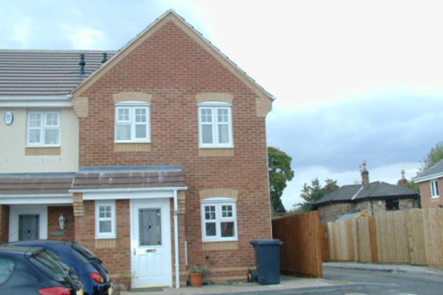 Thumbnail Town house to rent in Island Close, Albert Village, Swadlincote