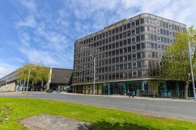 Office to let in Part Third Floor, East West, Tollhouse Hill, Nottingham